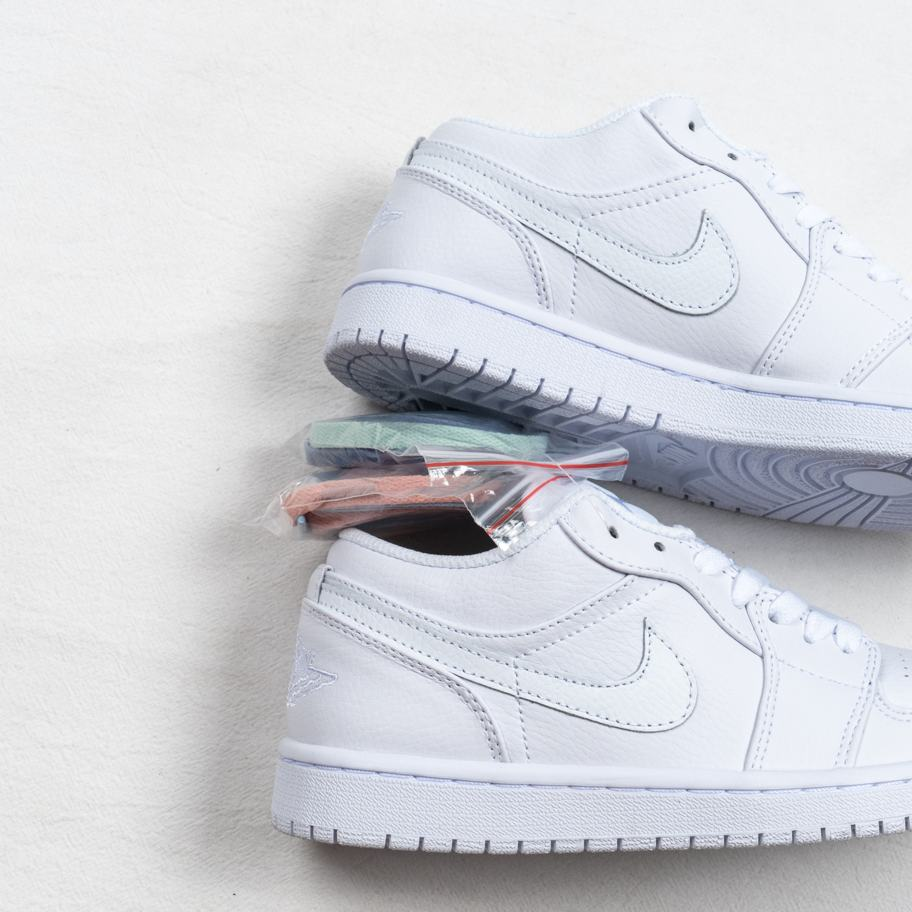 Air Jordan 1 Retro Low Pure Platinum 5