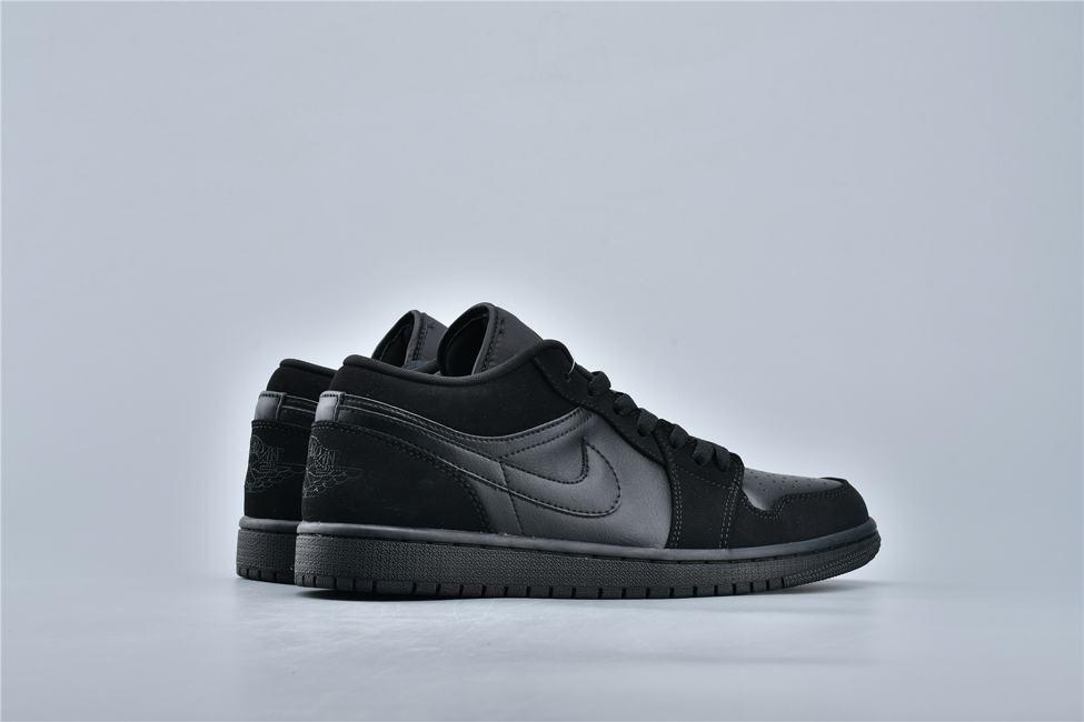 Air Jordan 1 Retro Low Triple Black 4