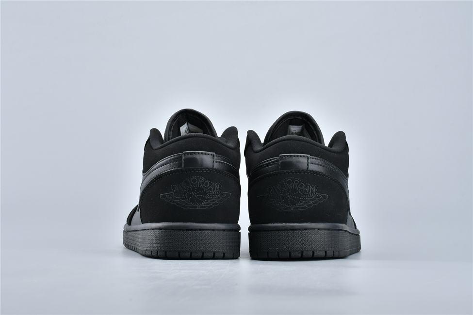 Air Jordan 1 Retro Low Triple Black 5