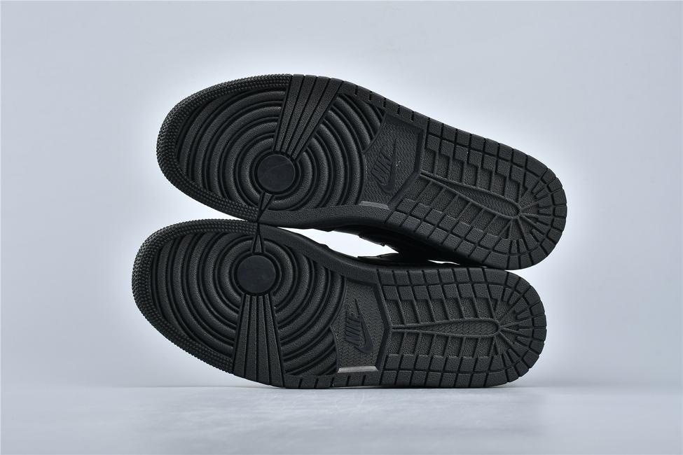 Air Jordan 1 Retro Low Triple Black 6