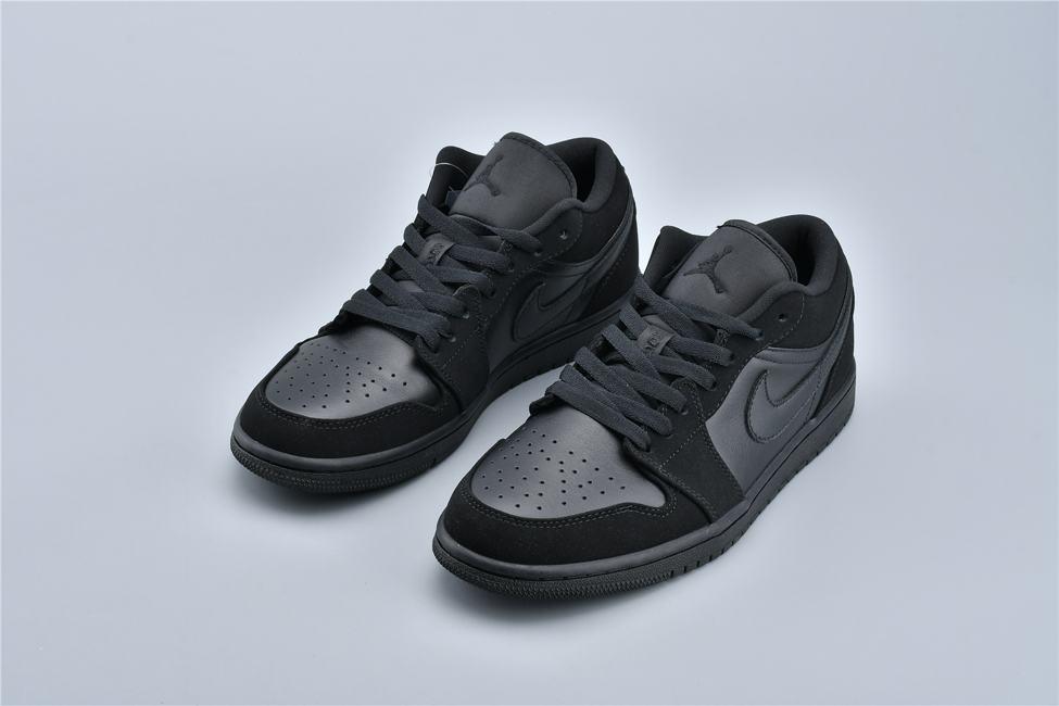 Air Jordan 1 Retro Low Triple Black 8