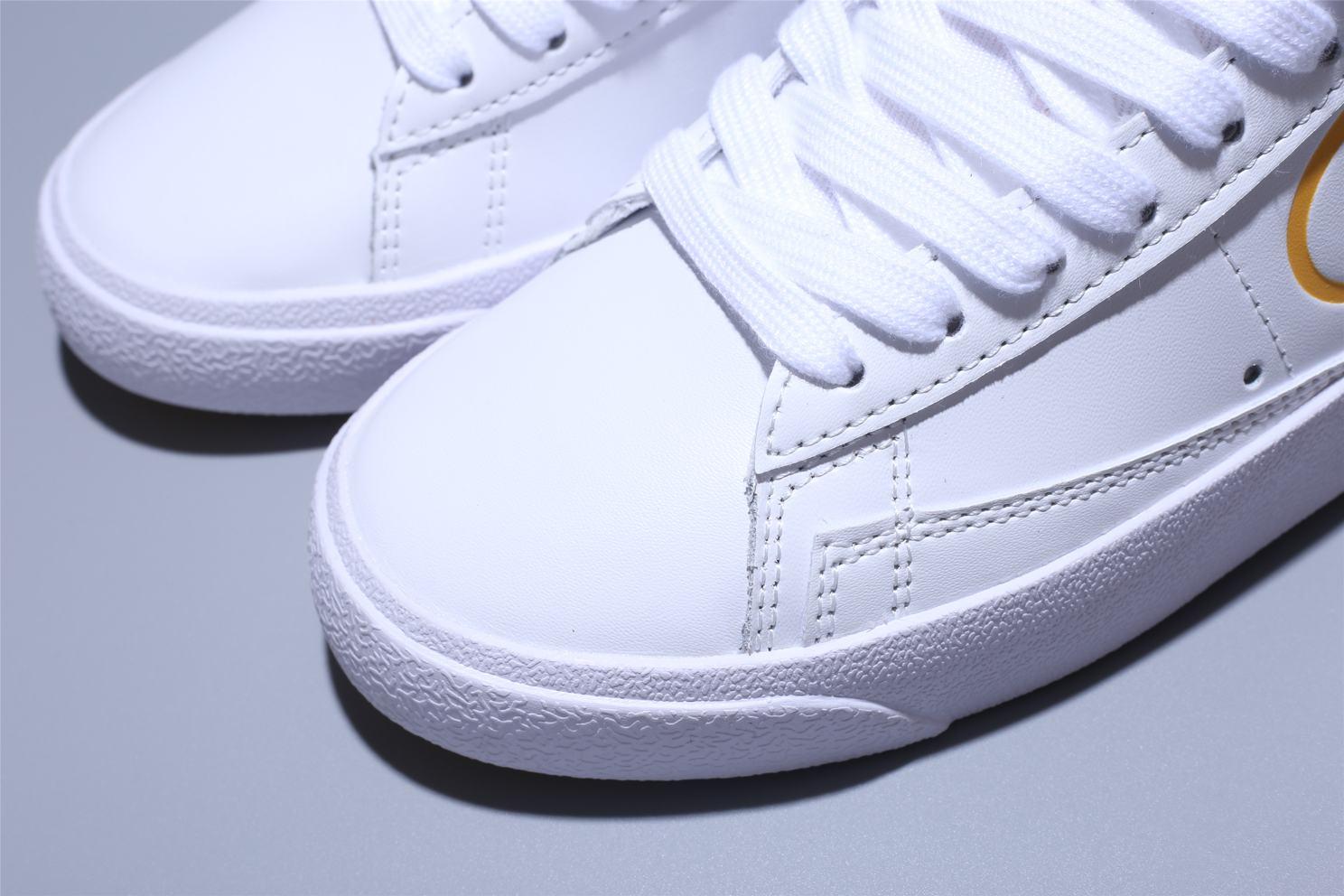 Nike Blazer Mid White Topaz Gold W 10