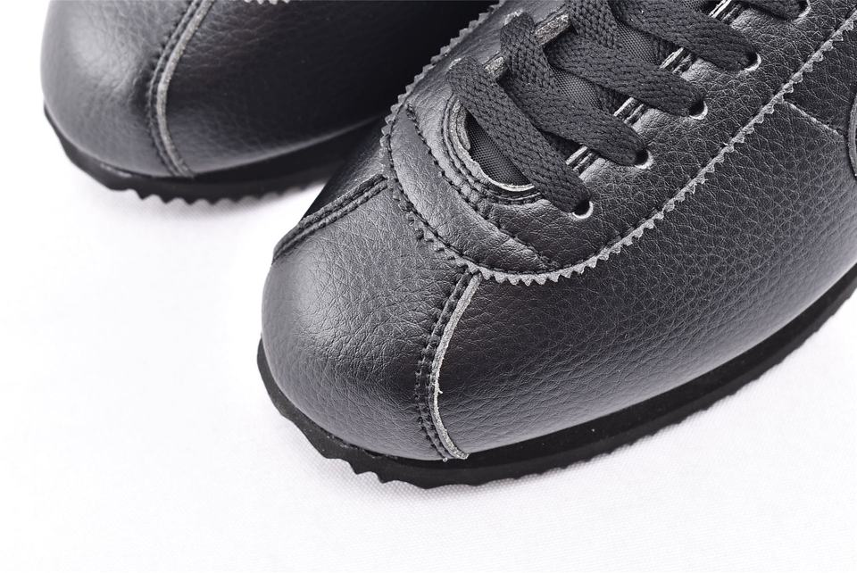 Nike Classic Cortez Leather Triple Black 3