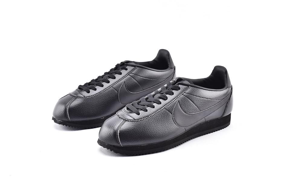 Nike Classic Cortez Leather Triple Black 5