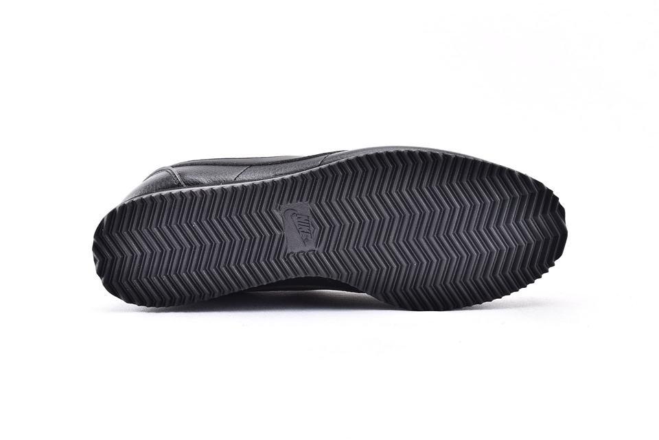Nike Classic Cortez Leather Triple Black 8
