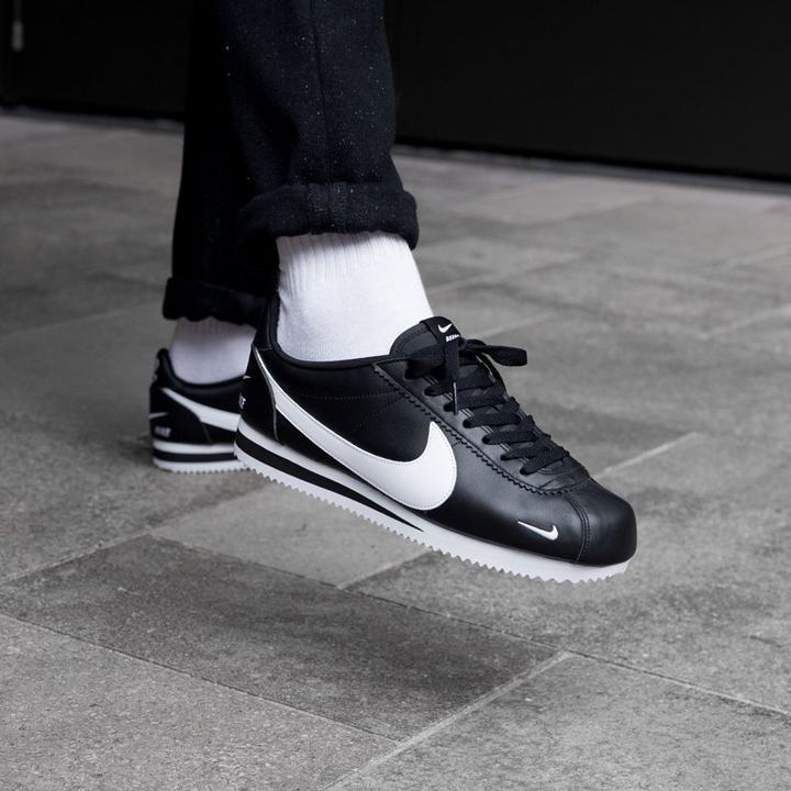 Nike Classic Cortez Mini Swoosh Black White 11