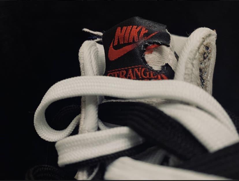 Nike Stranger Things x Blazer Mid QS Upside Down 26