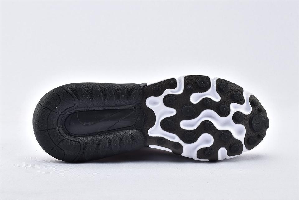 Nike Wmns Air Max 270 React Coral Black 8