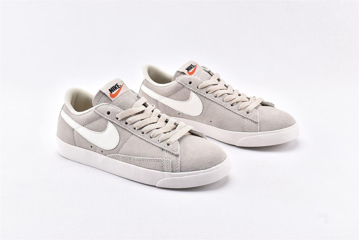 Nike Wmns Blazer Low SD Desert Sand 2