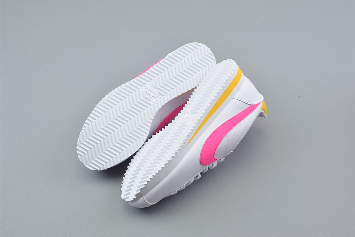 Nike Wmns Classic Cortez Leather Spring Pack Fuchsia 2