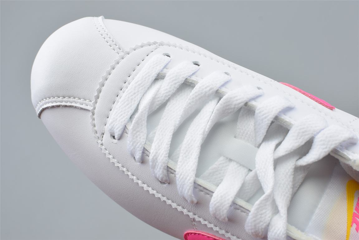 Nike Wmns Classic Cortez Leather Spring Pack Fuchsia 4