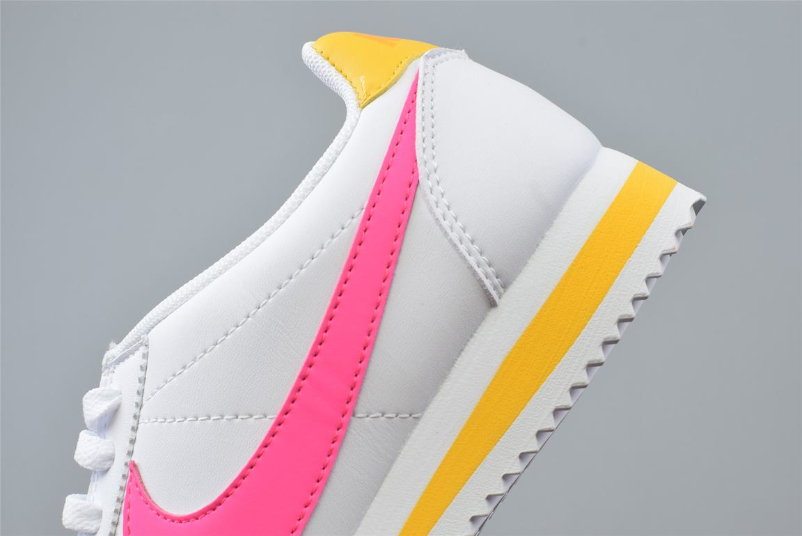 Nike Wmns Classic Cortez Leather Spring Pack Fuchsia 5
