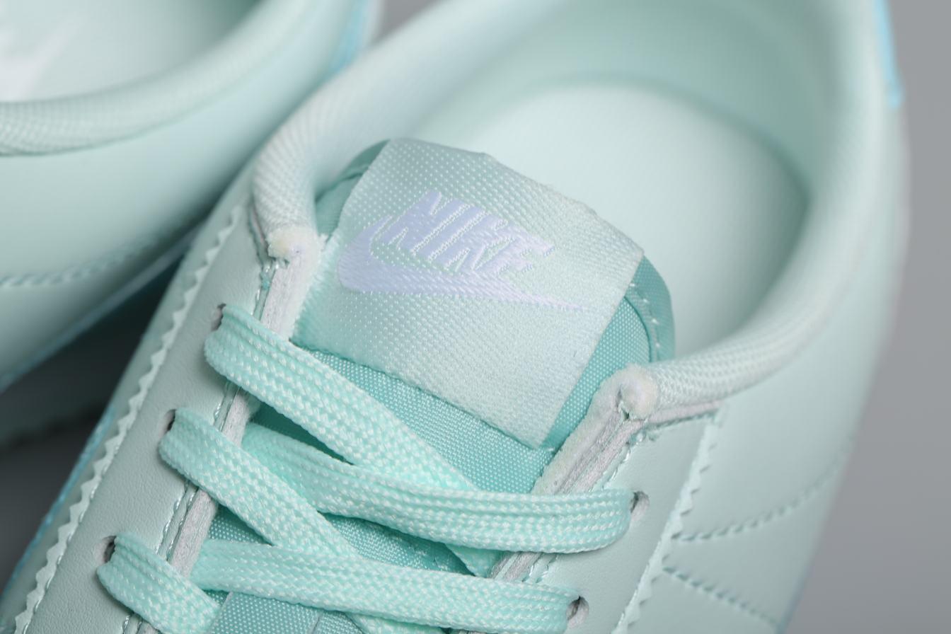 Nike Wmns Classic Cortez Premium Barely Grey 7