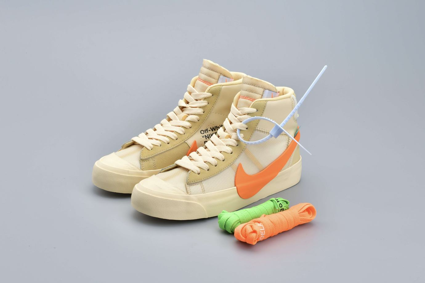 OFF WHITE x Blazer Mid All Hallows Eve 3