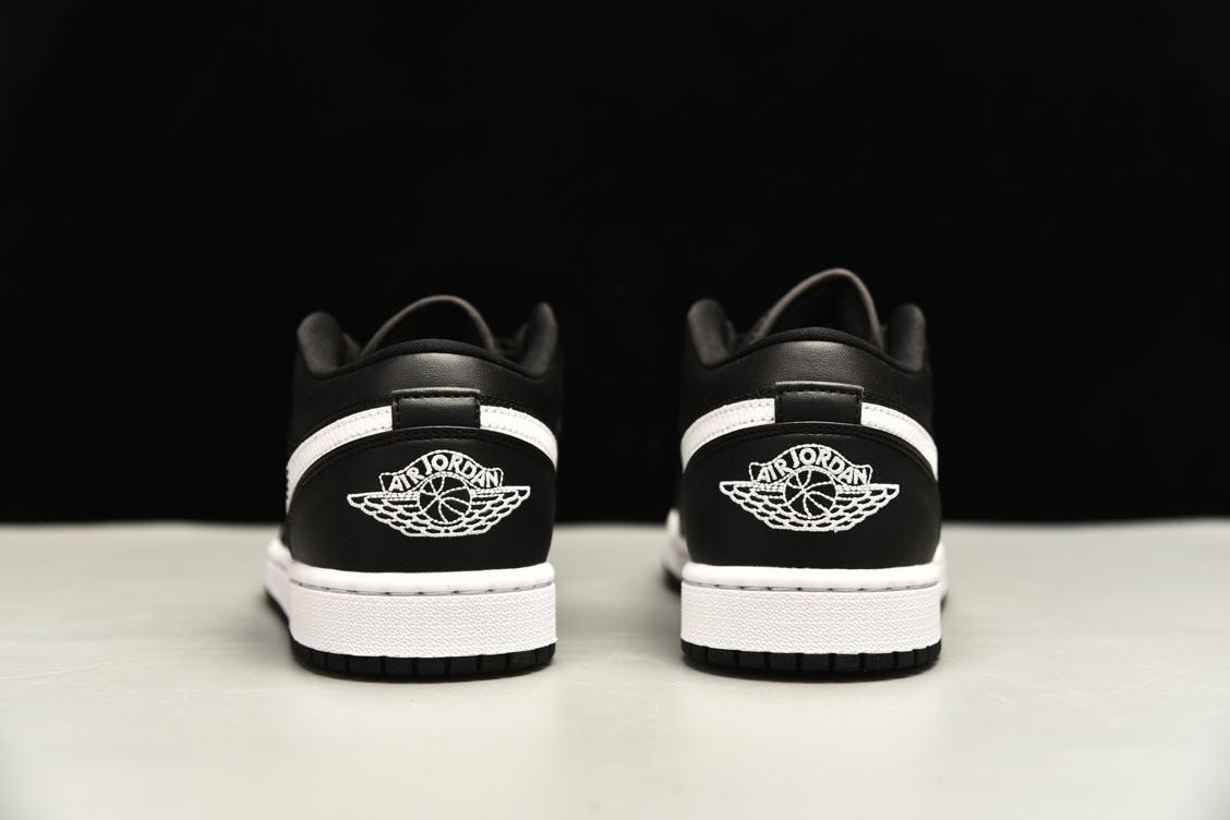 Wmns Air Jordan 1 Low Black 5