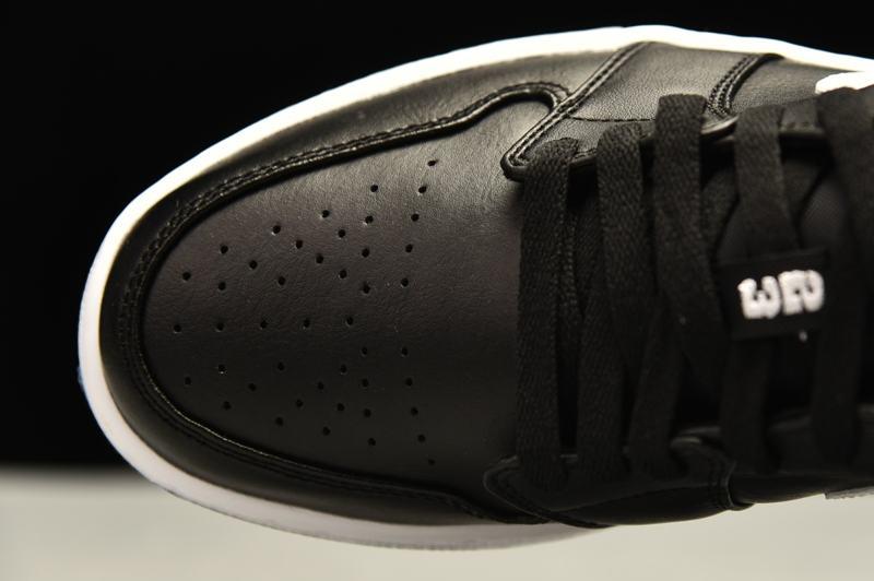 Wmns Air Jordan 1 Low Black 7