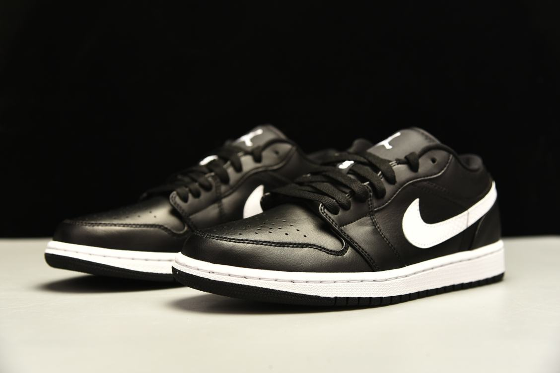 Wmns Air Jordan 1 Low Black 9