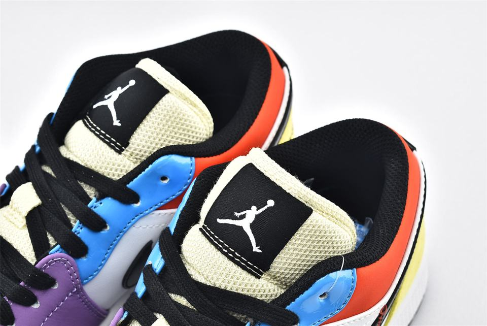 Wmns Air Jordan 1 Low SE Lightbulb 4