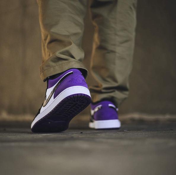 Air Jordan 1 Low Court Purple 17