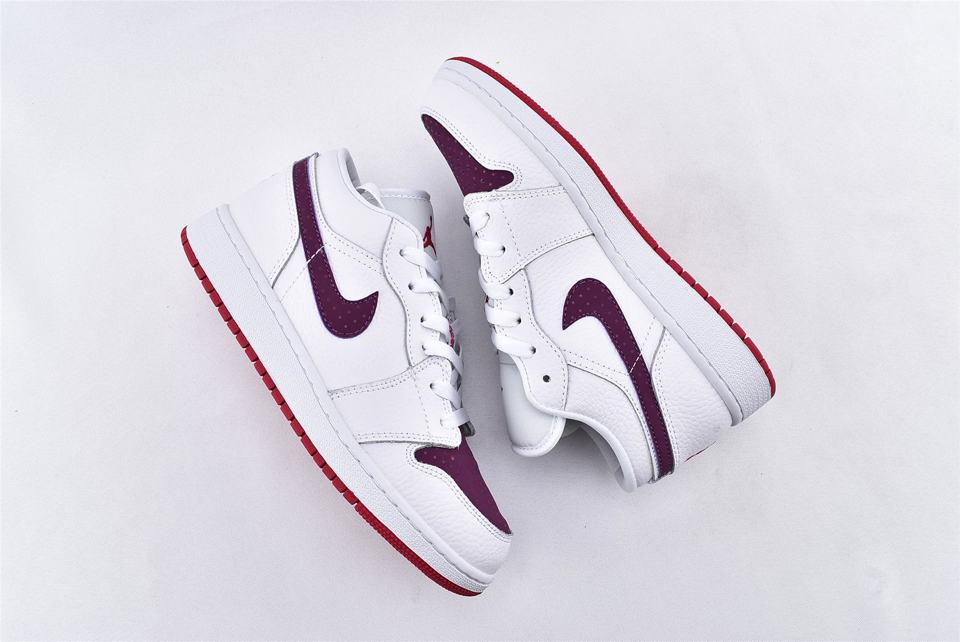 Air Jordan 1 Low GS White Berry 7