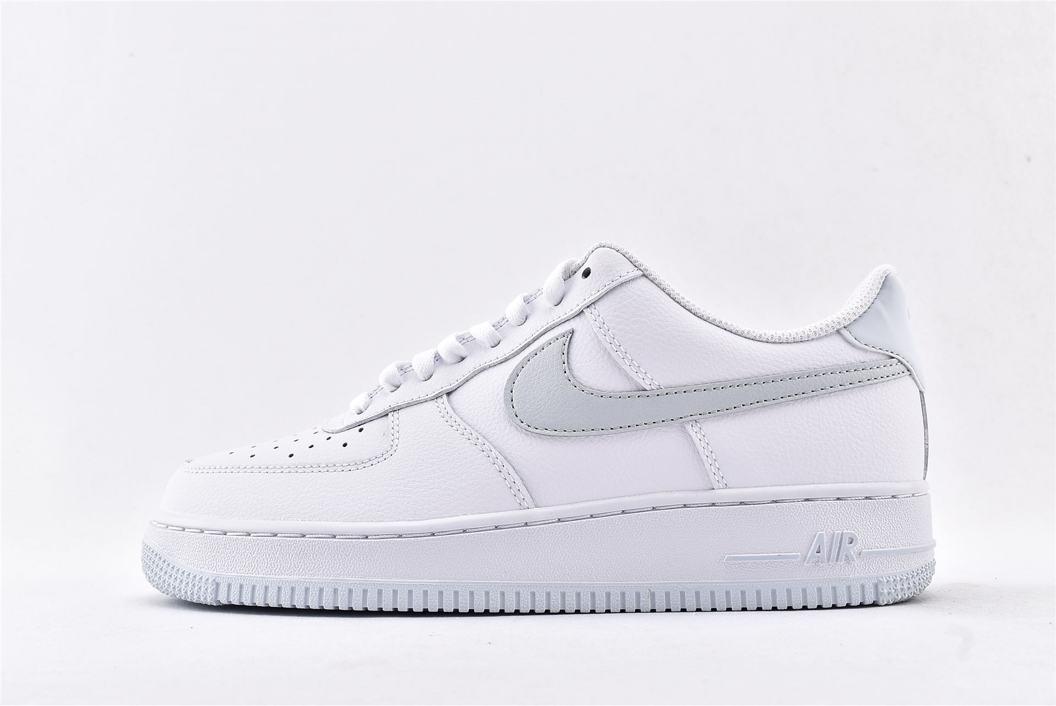 Nike Air Force 1 Low 07 White Metallic Silver 1