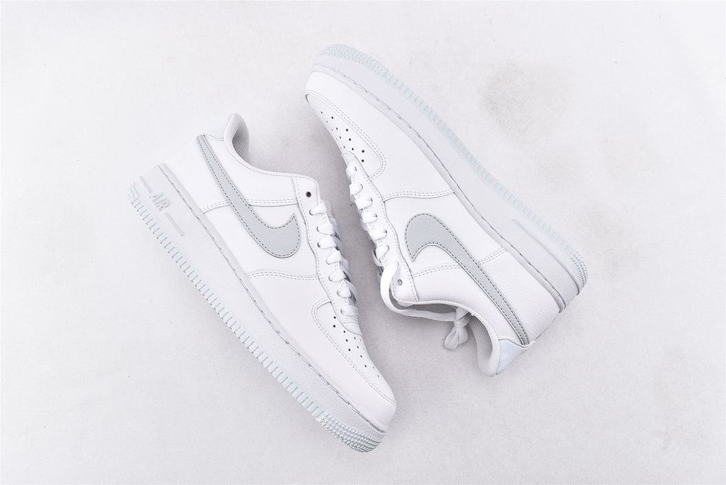 Nike Air Force 1 Low 07 White Metallic Silver 7