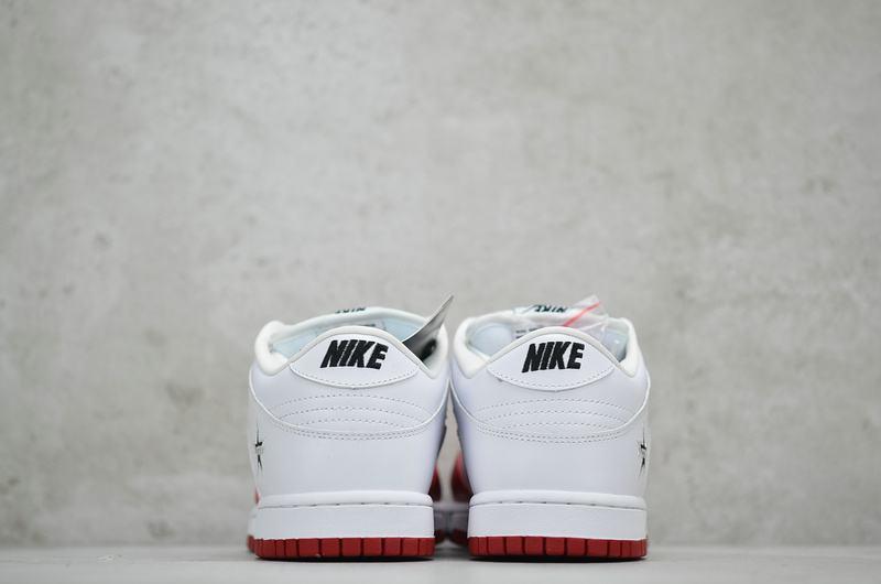 Supreme x Nike Dunk SB Low Varsity Red 3
