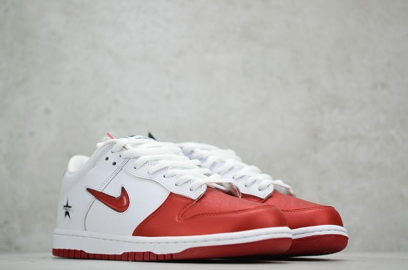 Supreme x Nike Dunk SB Low Varsity Red 5
