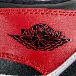 Air Jordan 1 Mid GS Chicago 2020 12