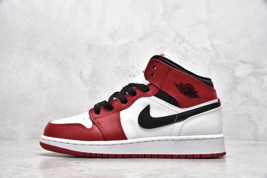 Air Jordan 1 Mid GS Chicago 2020 2
