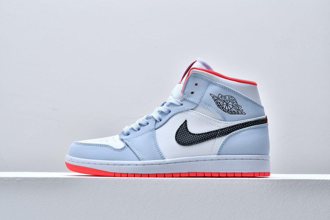Air Jordan 1 Mid GS Half Blue 1