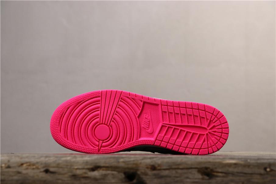 Air Jordan 1 Mid GS Hyper Pink 3
