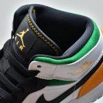 Air Jordan 1 Mid GS Lucky Green Laser Orange 11