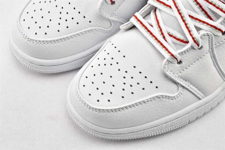 Air Jordan 1 Mid GS Topaz Mist 3