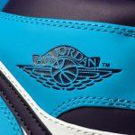 Air Jordan 1 Mid Hornets 12
