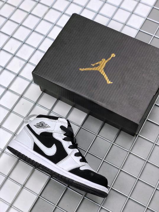 Air Jordan 1 Mid PS Tuxedo 1