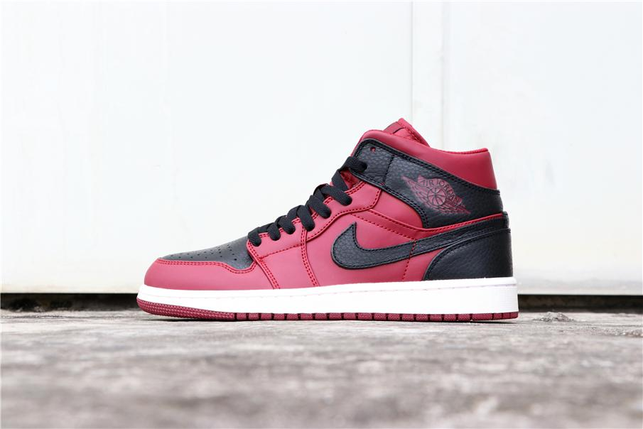 Air Jordan 1 Mid Reverse Banned 1