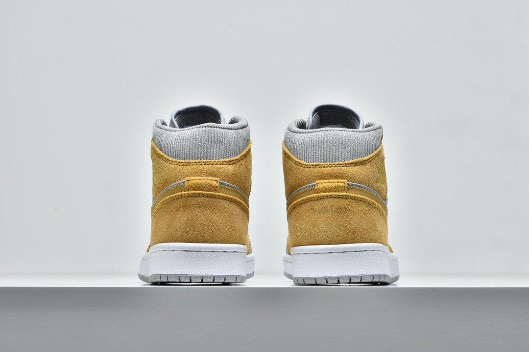 Air Jordan 1 Mid SE Tan Grey 6