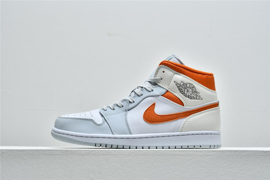 Air Jordan 1 Mid Starfish 1
