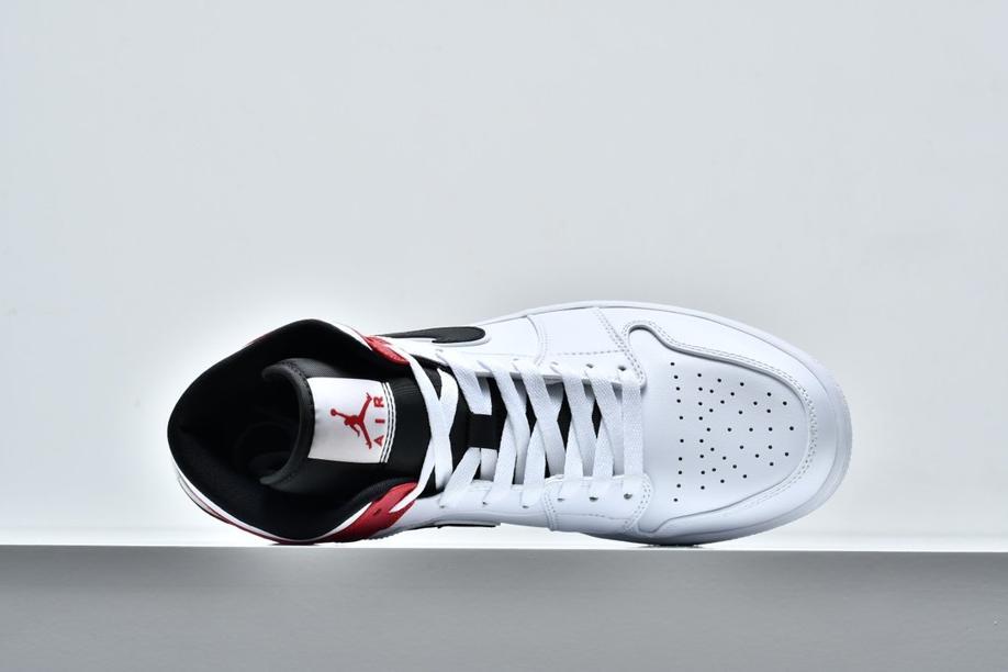 Air Jordan 1 Mid White Chicago 3