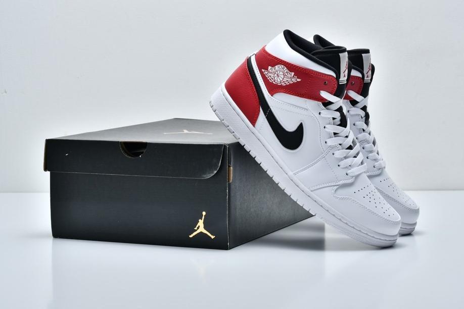 Air Jordan 1 Mid White Chicago 9