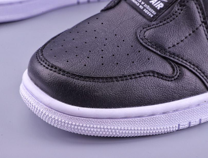 Wmns Air Jordan 1 Low Slip Black 4
