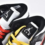 Wmns Air Jordan 1 Mid Alternate Swoosh 4