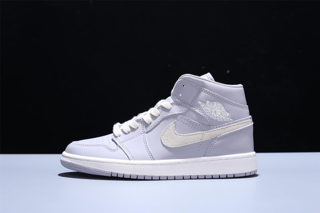 Wmns Air Jordan 1 Mid Grey Light Bone 4
