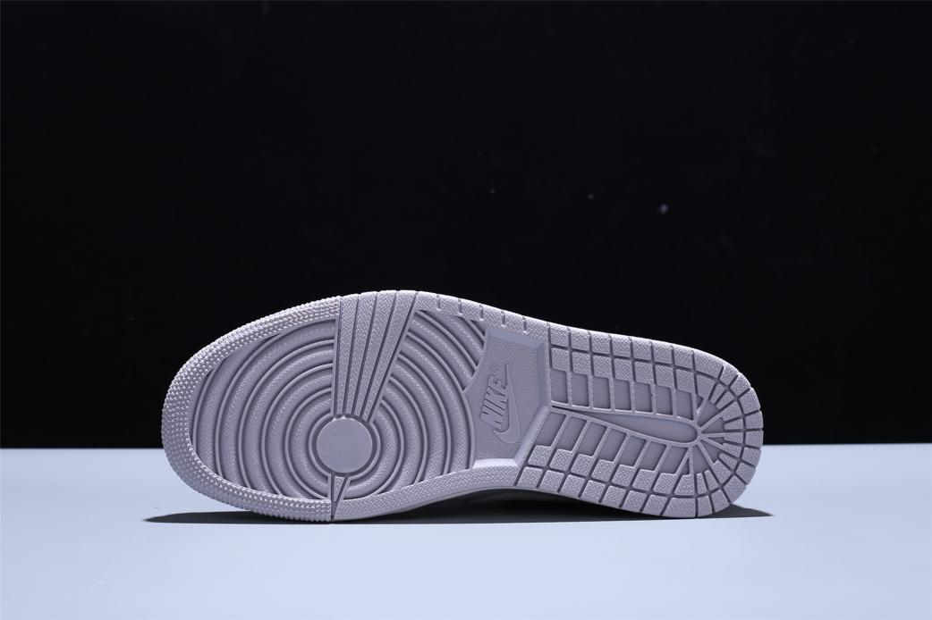 Wmns Air Jordan 1 Mid Grey Light Bone 9
