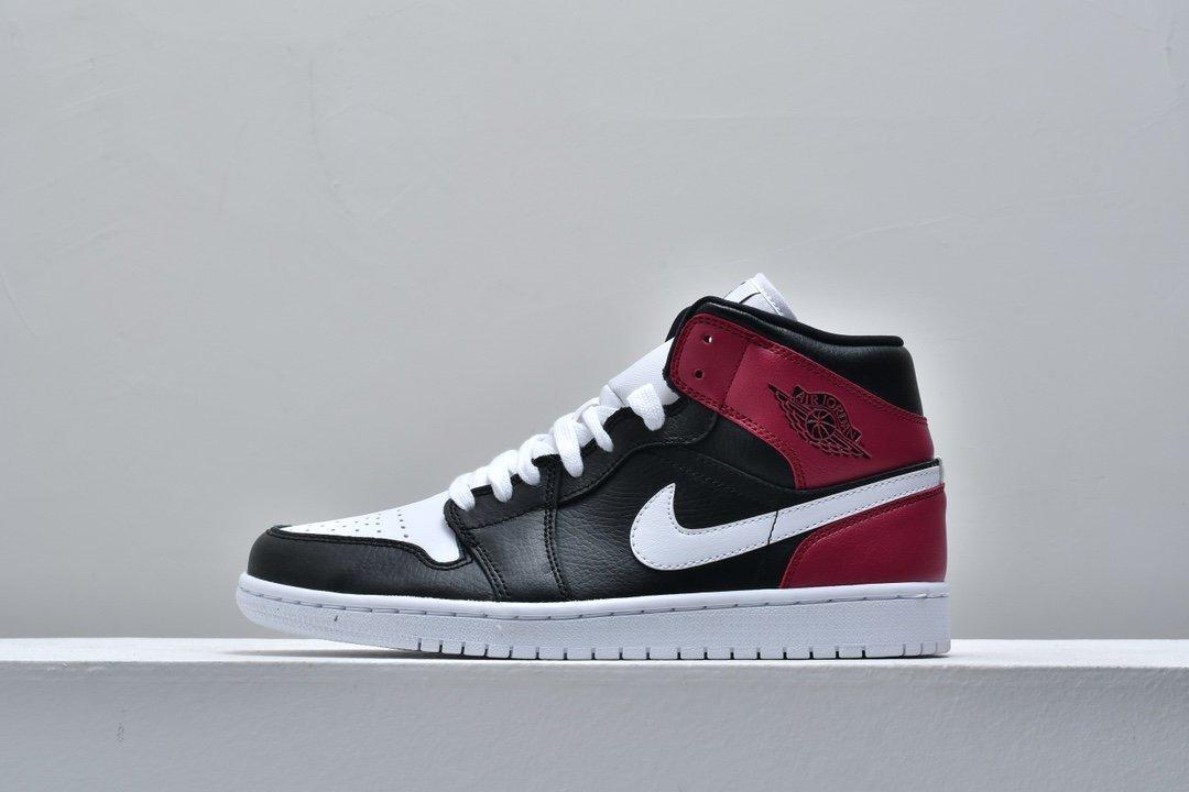 Wmns Air Jordan 1 Mid Noble Red 1