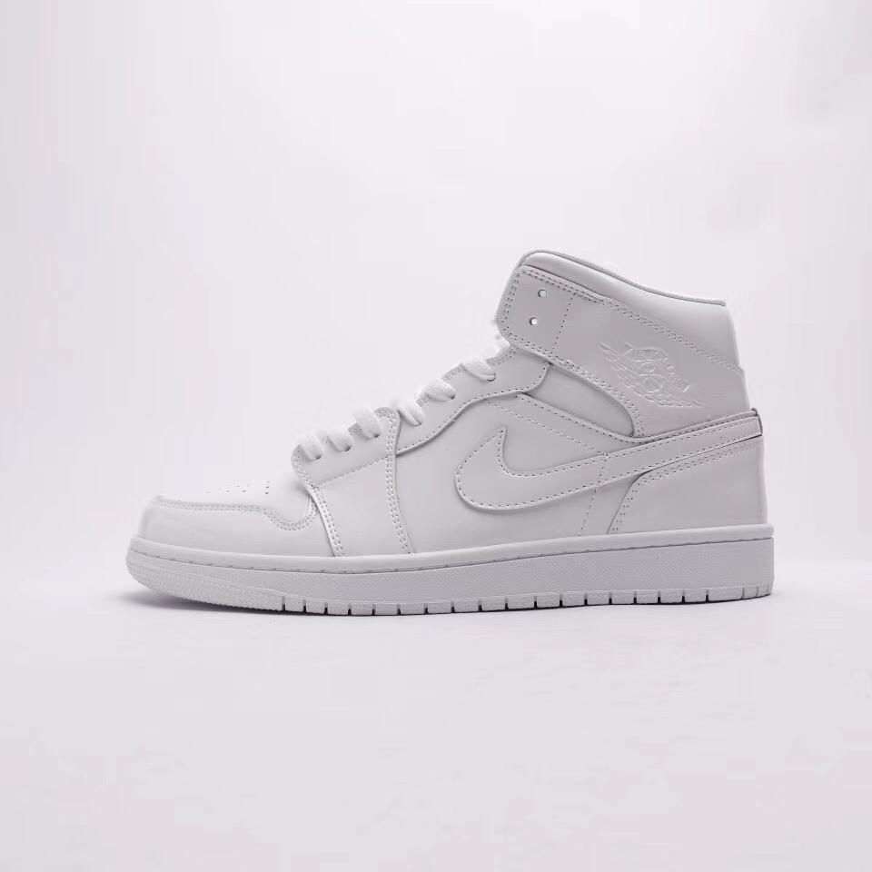 Wmns Air Jordan 1 Mid Patent Triple White 1