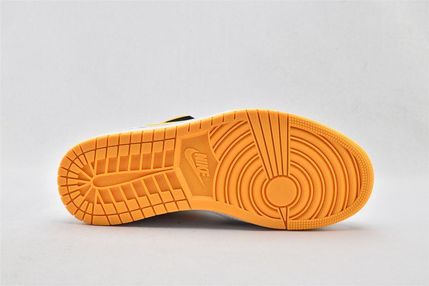 Wmns Air Jordan 1 Mid SE White Laser Orange 7
