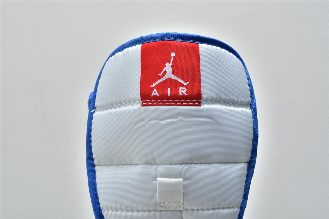 Wmns Air Jordan 1 Mid USA 15