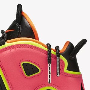 Wmns Air More Uptempo Hot Punch 1